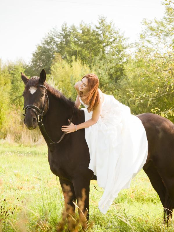 Braut_mit_Pferd